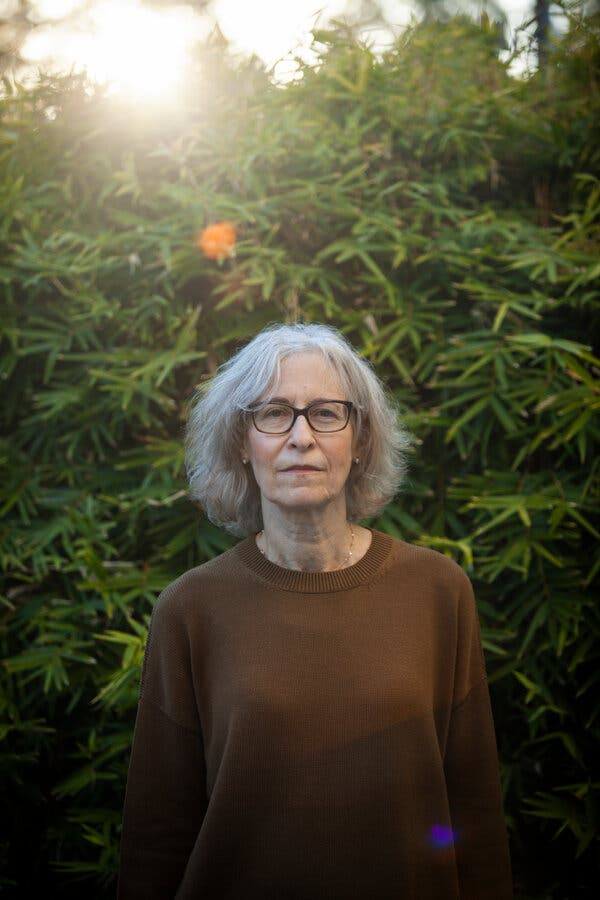 """Susan Glickman Weinberg, of Encino, Calif., was told a few years ago during routine tests that she was prediabetic, a diagnosis that puzzled her. """"I felt like Patient Zero,"""" she said. """"There were a lot of unknowns."""""""